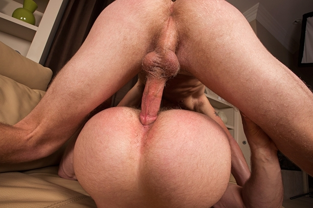 seancody-taylor-and-dalton-bareback-04-gay-porn-movies-download-torrent-photo
