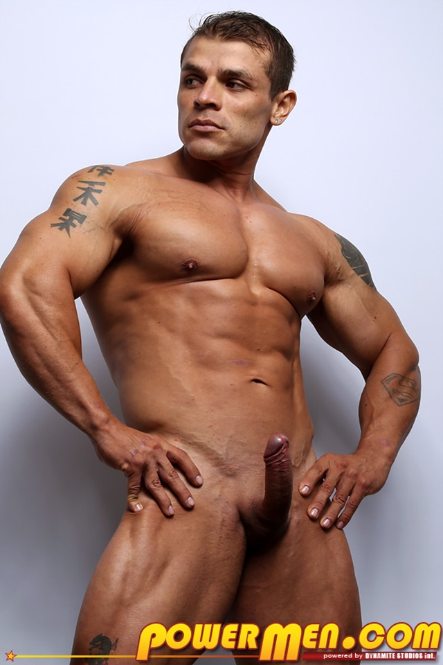 Muscled-bodybuilder-Clayton-Cobb-PowerMen-nude-gay-porn-muscle-men-hunks-big-uncut-cocks-tattooed-ripped-bodies-hung-09--pics-gallery-tube-video-photo