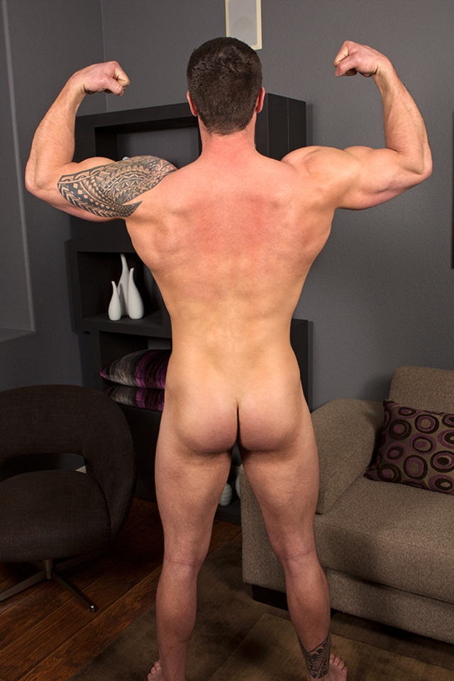 Tattooed-muscle-hunk-Bran-SeanCody-bareback-gay-ass-fuck-American-boys-men-ripped-abs-jocks-raw-sex-porn-04-pics-gallery-tube-video-photo