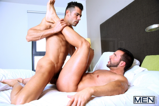 Donato-Reyes-and-DO-Men-com-Gay-Porn-Star-gay-hung-jocks-muscle-hunks-naked-muscled-guys-ass-fuck-07-pics-gallery-tube-video-photo