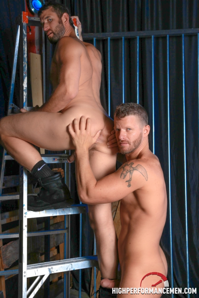 Jeremy-Stevens-and-CJ-Parker-High-Performance-Men-Real-Gay-Porn-Stars-Muscle-Hunks-Hairy-Muscle-Muscled-Dudes-06-pics-gallery-tube-video-photo
