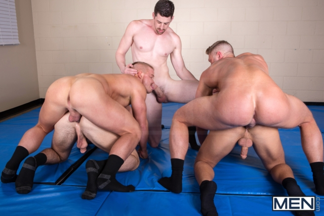 Rocco-Reed-and-Johnny-Ryder-Men-com-Gay-Porn-Star-gay-hung-jocks-muscle-hunks-naked-muscled-guys-ass-fuck-10-pics-gallery-tube-video-photo