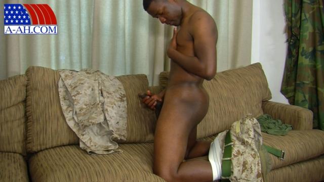 Ryan-All-American-Heroes-nude-amateur-men-gay-porn-soldiers-sailors-firefighters-policemen-06-pics-gallery-tube-video-photo
