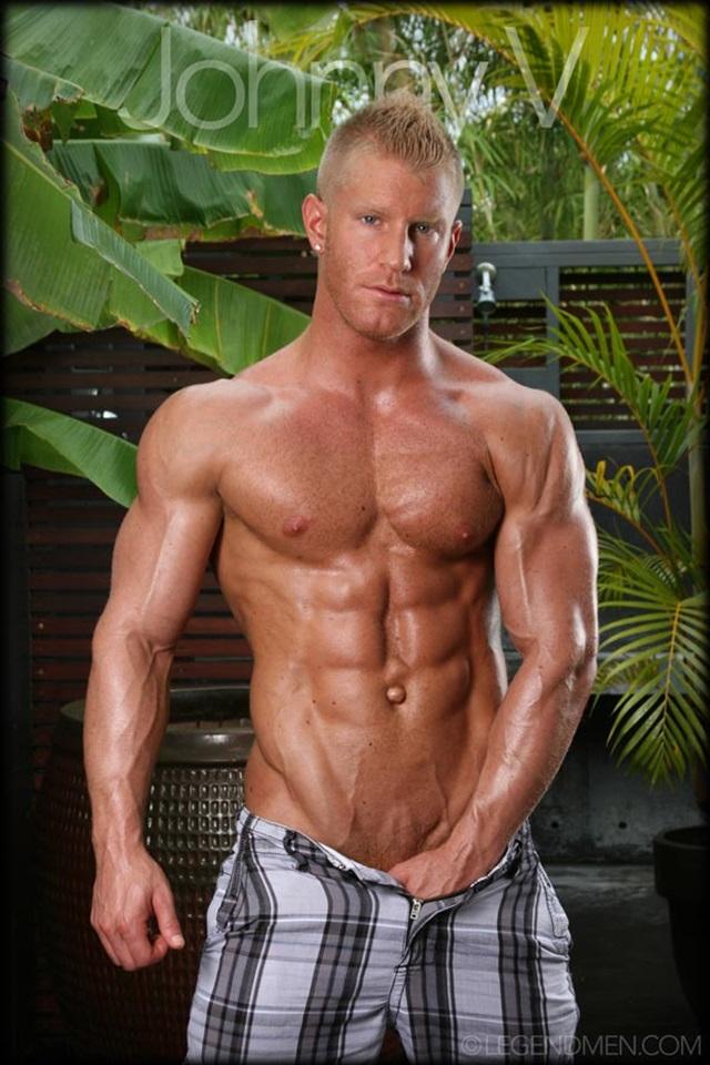 Johnny-V-Legend-Men-Gay-Porn-Stars-Muscle-Men-naked-bodybuilder-nude-bodybuilders-big-muscle-huge-cock-003-gallery-video-photo