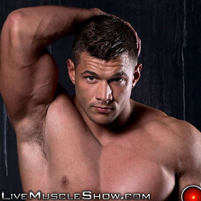 Joshua-Armstrong-Live-Muscle-Show-Gay-Porn-Naked-Bodybuilder-nude-bodybuilders-gay-fuck-muscles-big-muscle-men-gay-sex-003-gallery-video-photo