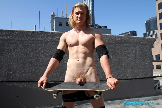 Shane-Phillips-bentley-race-bentleyrace-nude-wrestling-bubble-butt-tattoo-hunk-uncut-cock-feet-gay-porn-star-004-gallery-video-photo