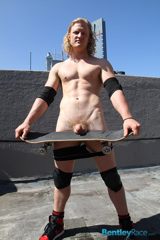 Shane-Phillips-bentley-race-bentleyrace-nude-wrestling-bubble-butt-tattoo-hunk-uncut-cock-feet-gay-porn-star-012-gallery-video-photo