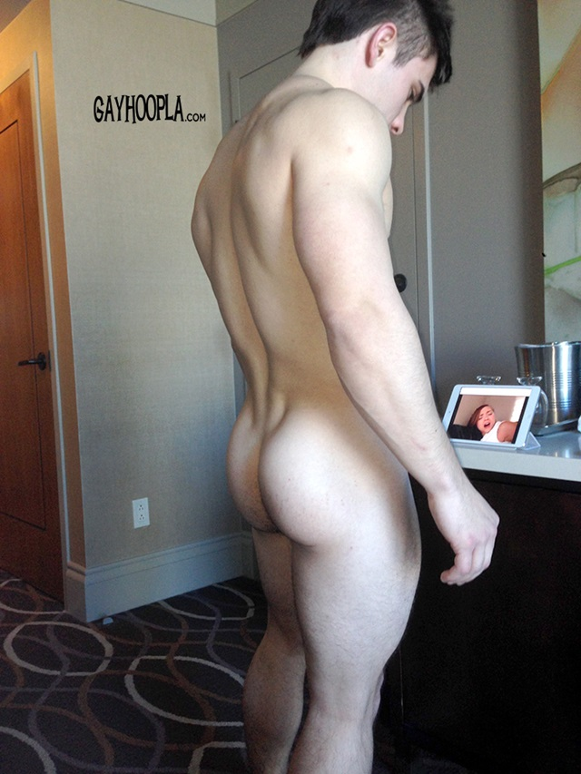 Zach-Rode-Gay-Hoopla-young-nude-boys-big-dick-muscleboys-muscle-lads-jerking-016-gallery-video-photo