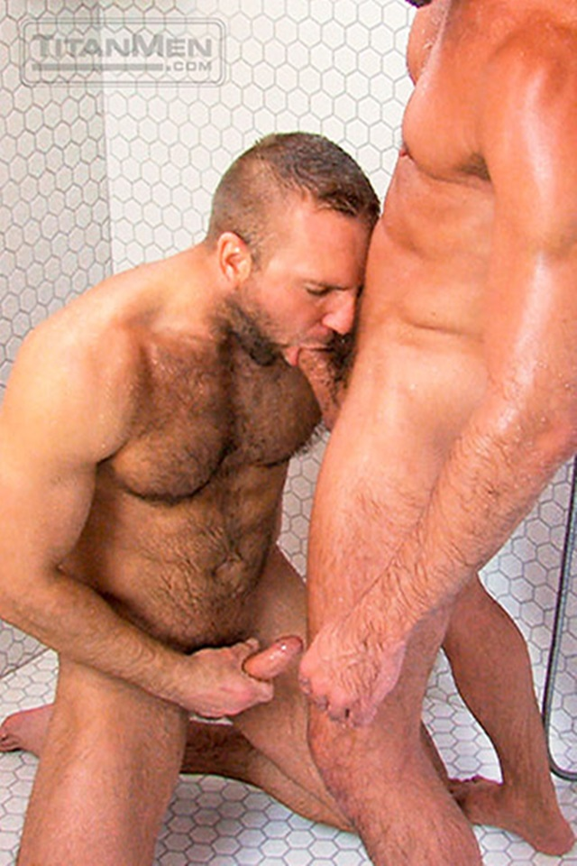 Hairy-Chested-Hunk-Tom-Wolfe-sucks-big-dick-Will-Swagger-furry-balls-huge-cumshot-005-male-tube-red-tube-gallery-photo