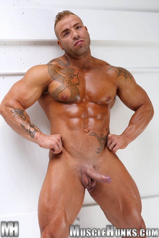 Rodrick recommend best of nude amateur hunks