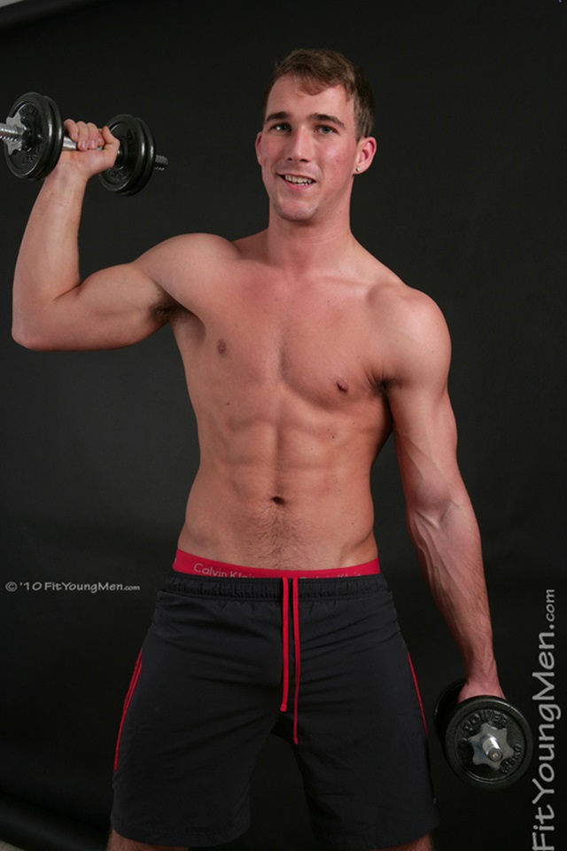 Rich-Wills-Fit-Young-Men-Nude-Sportsmen-Big-Uncut-Cock-Sports-Ripped-Muscle-pup-003-male-tube-red-tube-gallery-photo