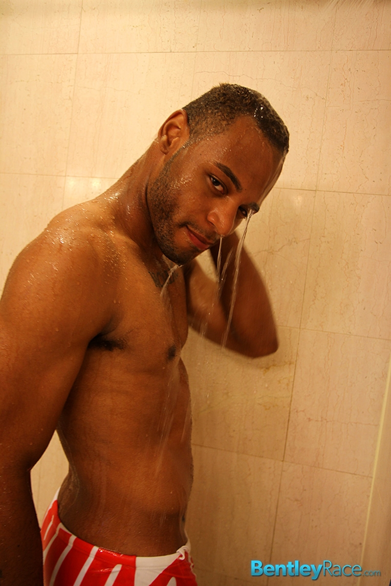 Darnell-Forde-bentley-race-bentleyrace-nude-wrestling-bubble-butt-tattoo-hunk-uncut-cock-feet-gay-porn-star-009-male-tube-red-tube-gallery-photo