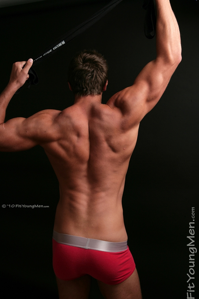 Drew-Daniels-Fit-Young-Men-Nude-Sportsmen-Big-Uncut-Cock-Sports-Ripped-Muscle-pup-009-male-tube-red-tube-gallery-photo