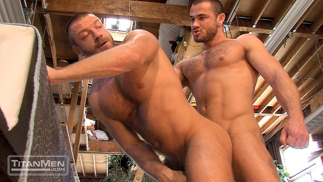 Titan-Men-Jessy-Ares-Hunter-Marx-spitting-dick-cock-ass-fucking-017-male-tube-red-tube-gallery-photo