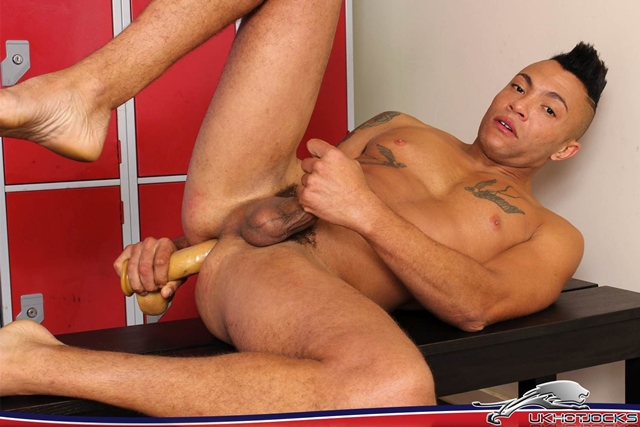UK-Hot-Jocks-Junior-Price-hot-young-hung-sexy-fucking-stud-inches-dark-cock-top-bottom-gym-body-cocky-012-male-tube-red-tube-gallery-photo