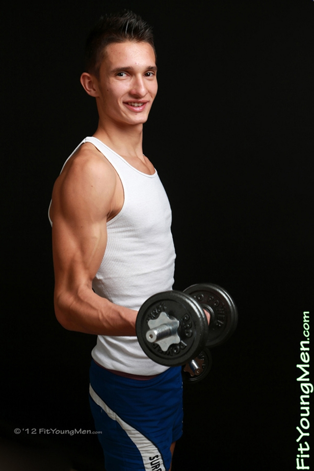 Fit-Young-Men-Jack-Madison-Runner-18-years-old-Straight-nude-sports-dude-underwear-sporting-stars-004-male-tube-red-tube-gallery-photo