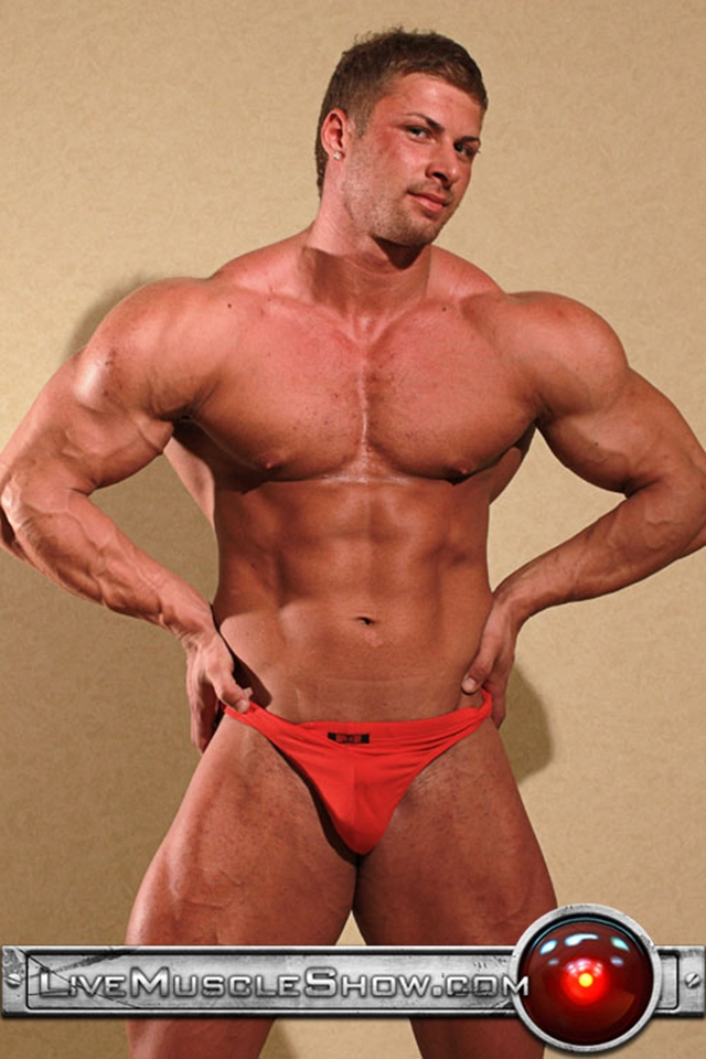 Live-Muscle-Show-Kane-Griffin-muscle-builder-muscled-hunk-young-abdominal-muscles-live-webcam-chat-001-male-tube-red-tube-gallery-photo