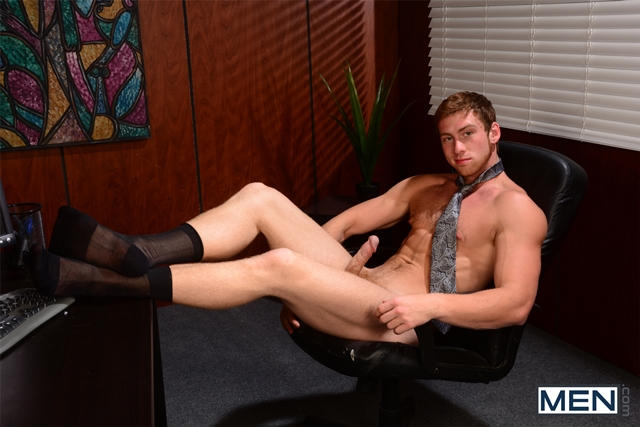 Men-com-Connor-Maguire-young-cute-Tom-Faulk-crotch-dick-erect-tight-asshole-deeply-fucked-huge-cock-001-male-tube-red-tube-gallery-photo