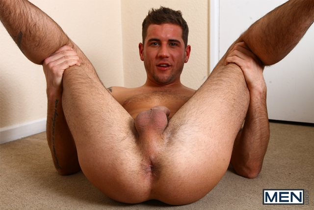 Men-com-Disconnected-gay-threesome-menage-a-trois-McKensie-Cross-anal-ass-fucked-Paul-Walker-Dan-Broughton-005-male-tube-red-tube-gallery-photo