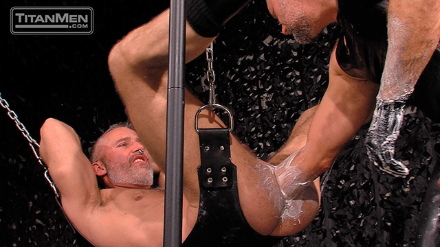 Titan-Men-Mack-Manus-fucks-hunk-Thor-Larson-huge-fat-dildo-ass-fists-sub-fucking-fingers-pisses-bottom-015-male-tube-red-tube-gallery-photo