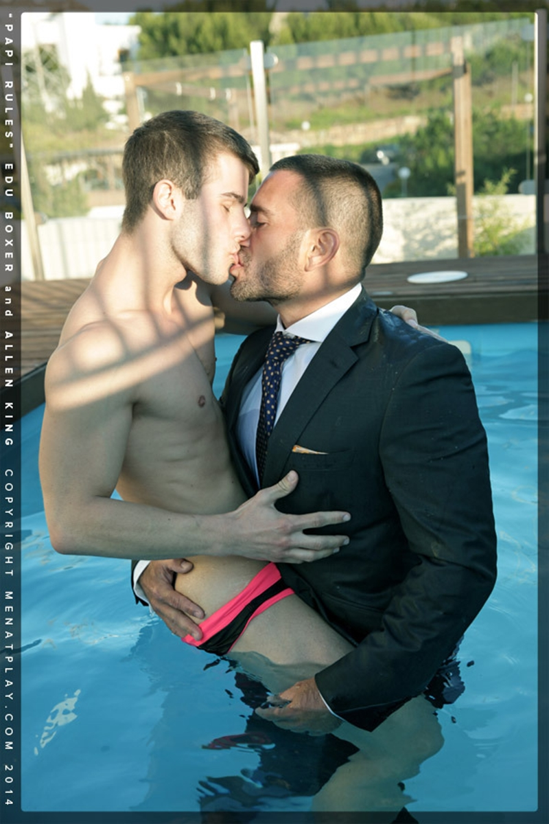 MenatPlay-young-student-hot-papi-Edu-Boxer-muscle-daddy-Allen-King-full-suit-and-tie-ass-erect-dick-cum-006-tube-download-torrent-gallery-photo