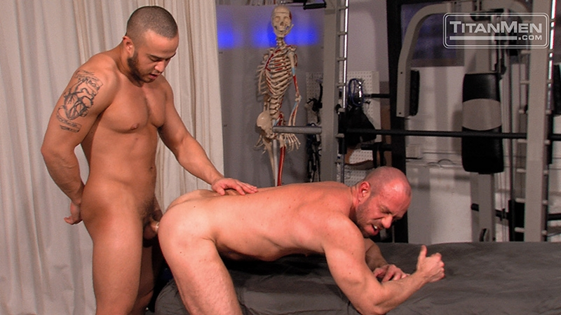 TitanMen-Matt-Stevens-strokes-Alex-Graham-massive-arm-squirts-a-hot-wad-pecs-rubs-wet-dick-bottom-balls-013-male-tube-red-tube-gallery-photo