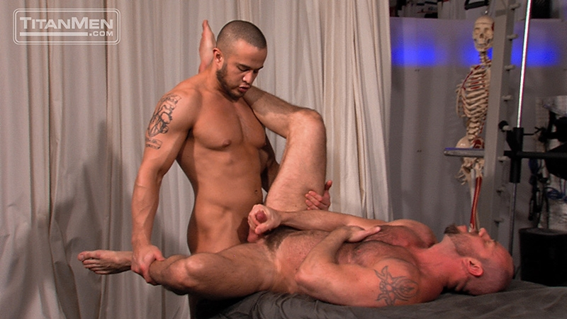 TitanMen-Matt-Stevens-strokes-Alex-Graham-massive-arm-squirts-a-hot-wad-pecs-rubs-wet-dick-bottom-balls-017-male-tube-red-tube-gallery-photo