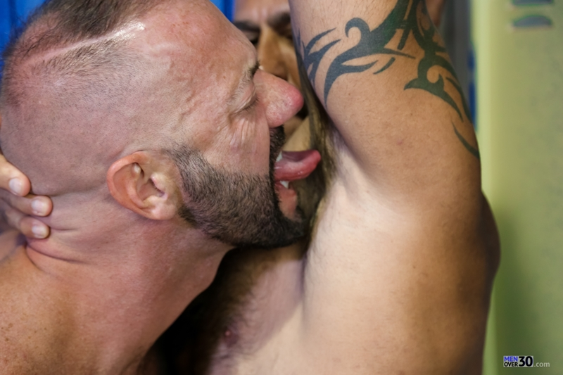 MenOver30-Vic-Rocco-Jon-Galt-locker-room-smelly-armpit-hairy-chest-hot-gym-toned-men-ass-fucking-003-tube-download-torrent-gallery-photo