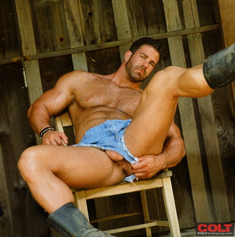 ColtStudios-Pete-Kuzak-world-famous-Colt-Man-masculine-male-gay-porn-stars-1970-1980-001-tube-download-torrent-gallery-sexpics-photo