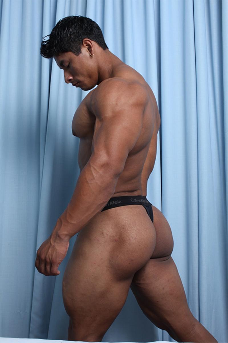 musclehunks ripped tattooed muscle stud ko ryu asian nude bodybuilder