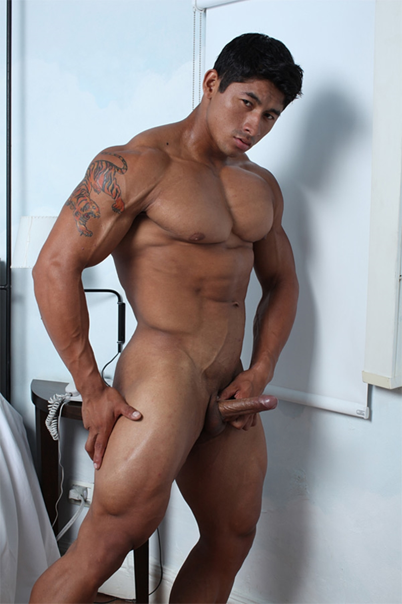 Ko Ryu  Muscle Hunks  Ripped Asian Stud  Naked Men Pics-9549