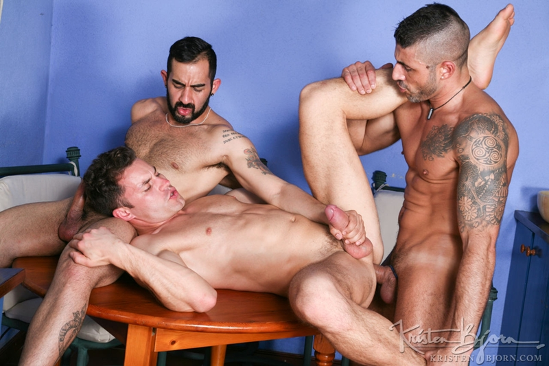 KristenBjorn-Max-Toro-Angle-Lobo-tag-team-James-Castle-bareback-fucking-rimming-cocksucking-raw-asshole-big-cock-015-tube-download-torrent-gallery-sexpics-photo