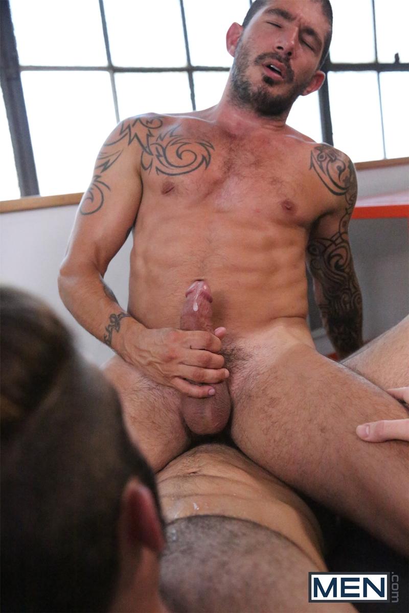 Men-com-Jarec-Wentworth-cruising-for-gay-sex-Johnny-Hazzard-two-guys-hot-fuck-Predator-Drill-My-Hole-rimming-sucking-017-tube-download-torrent-gallery-sexpics-photo