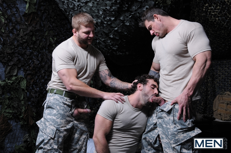 Men-com-Military-Tour-Duty-beefy-threesome-Zeb-Atlas-Colby-fucking-Jaxton-Wheelers-muscle-butt-horny-cock-whore-mouth-ass-005-tube-download-torrent-gallery-sexpics-photo