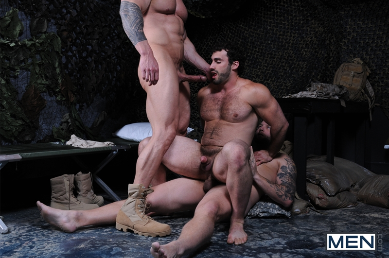 Men-com-Military-Tour-Duty-beefy-threesome-Zeb-Atlas-Colby-fucking-Jaxton-Wheelers-muscle-butt-horny-cock-whore-mouth-ass-013-tube-download-torrent-gallery-sexpics-photo