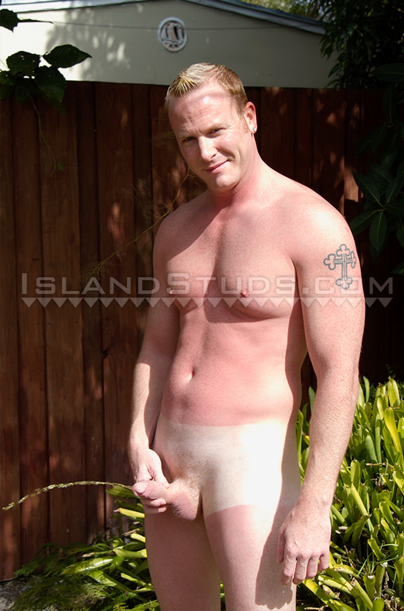IslandStuds-Horny-kevin-stroking-irish-german-9-inch-cock-business-suit-huge-pink-white-man-butt-sexy-underwear-012-tube-download-torrent-gallery-sexpics-photo