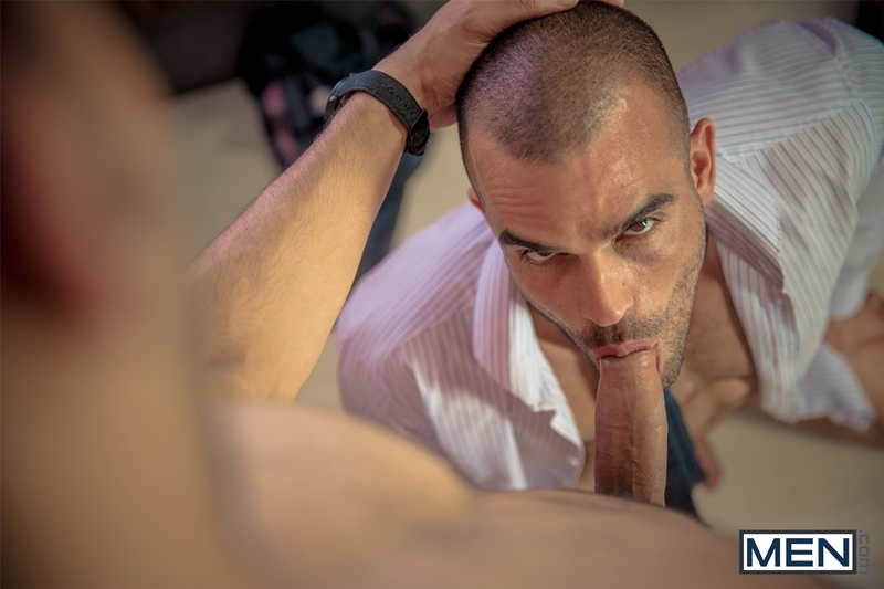 Men-com-horny-muscle-tattoo-stud-Damien-Crosse-big-dick-sexy-guy-Juan-Lopez-man-blowjob-fucks-ass-hole-hard-dick-009-tube-download-torrent-gallery-sexpics-photo