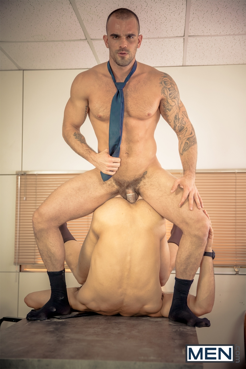 Men-com-horny-muscle-tattoo-stud-Damien-Crosse-big-dick-sexy-guy-Juan-Lopez-man-blowjob-fucks-ass-hole-hard-dick-014-tube-download-torrent-gallery-sexpics-photo