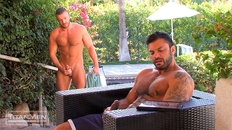 TitanMen-Hunter-Marx-muscle-hairy-Rogan-Richards-stud-foreskin-fucks-bottom-ass-fingering-huge-uncut-cock-big-wad-002-tube-download-torrent-gallery-sexpics-photo