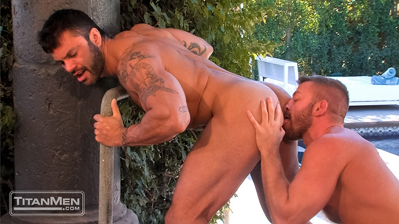 TitanMen-Hunter-Marx-muscle-hairy-Rogan-Richards-stud-foreskin-fucks-bottom-ass-fingering-huge-uncut-cock-big-wad-014-tube-download-torrent-gallery-sexpics-photo