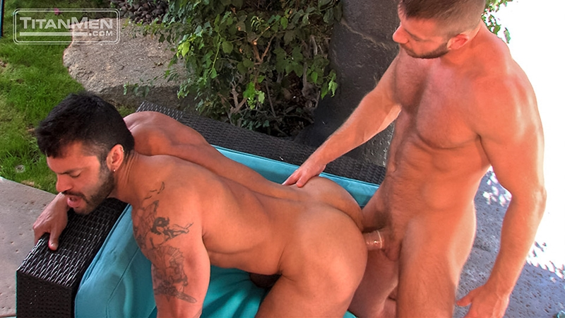 TitanMen-Hunter-Marx-muscle-hairy-Rogan-Richards-stud-foreskin-fucks-bottom-ass-fingering-huge-uncut-cock-big-wad-016-tube-download-torrent-gallery-sexpics-photo