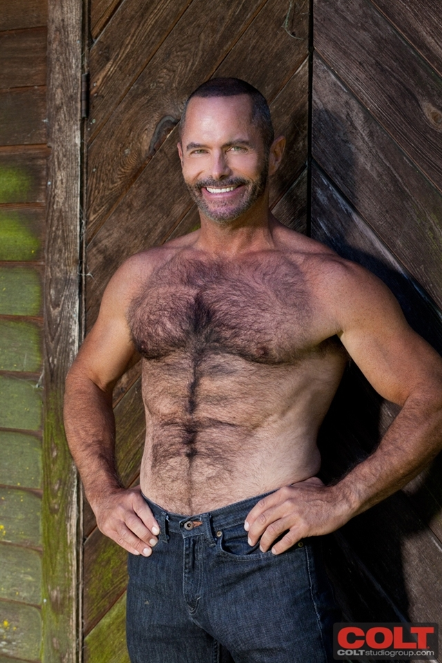 Tim-Kelly-and-hairy-chest-Trent-Locke-at-Colt-Studios-02-Ripped-Muscle ...