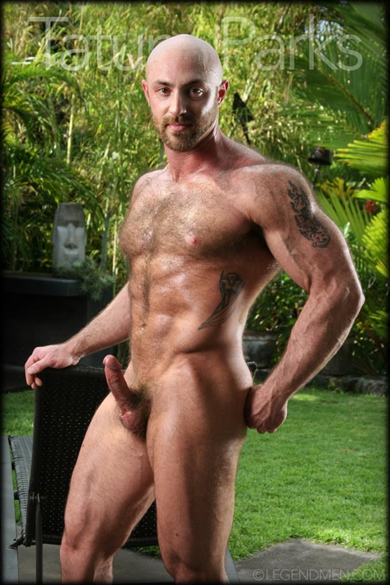 LegendMen-big-muscle-naked-bodybuilder-Tatum-Parks-muscle-men-hairy-chested-v-shaped-ripped-abs-fucker-top-man-huge-muscle-dick-002-gay-porn-video-porno-nude-movies-pics-porn-star-sex-photo
