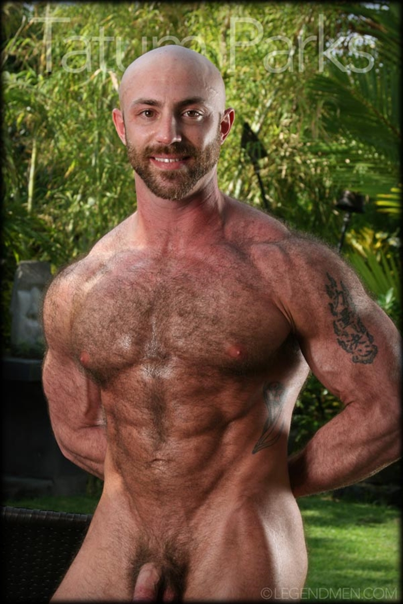 LegendMen-big-muscle-naked-bodybuilder-Tatum-Parks-muscle-men-hairy-chested-v-shaped-ripped-abs-fucker-top-man-huge-muscle-dick-011-gay-porn-video-porno-nude-movies-pics-porn-star-sex-photo