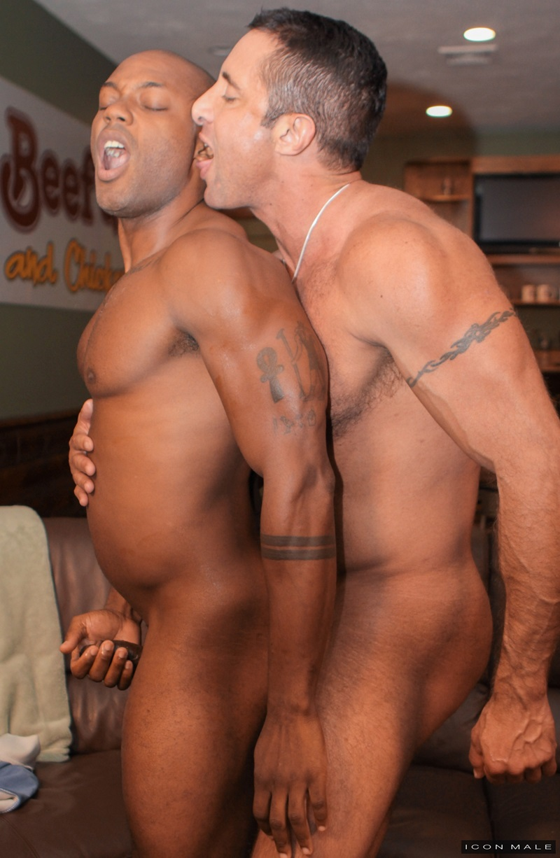IconMale-Black-muscle-hunk-Osiris-Blade-Nick-Capra-muscular-body-huge-erection-big-cut-cock-sucking-cum-filled-balls-big-ebony-stud-fucks-ass-07-gay-porn-star-sex-video-gallery-photo