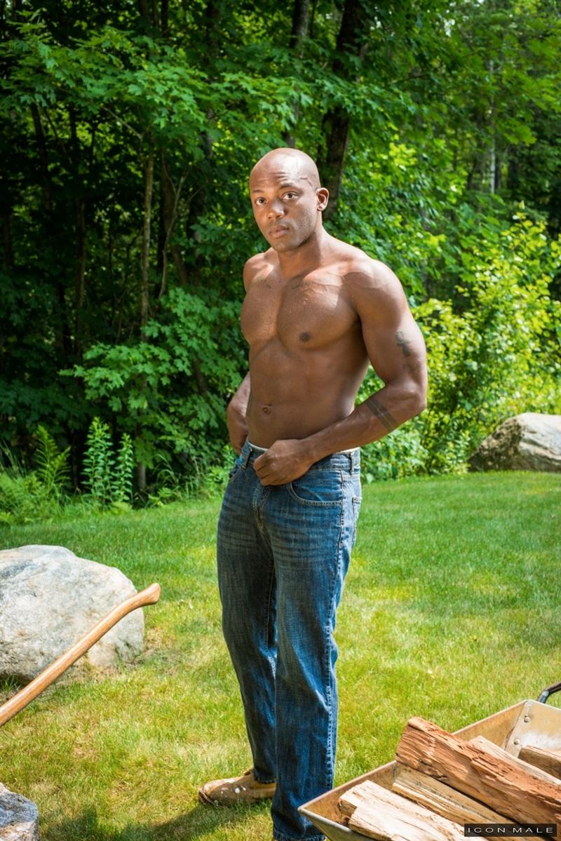 IconMale-Black-muscle-hunk-Osiris-Blade-Nick-Capra-muscular-body-huge-erection-big-cut-cock-sucking-cum-filled-balls-big-ebony-stud-fucks-ass-17-gay-porn-star-sex-video-gallery-photo