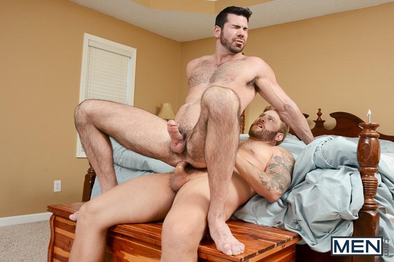 See Str8 Guys Having Fun With Gay Men In Free Videos