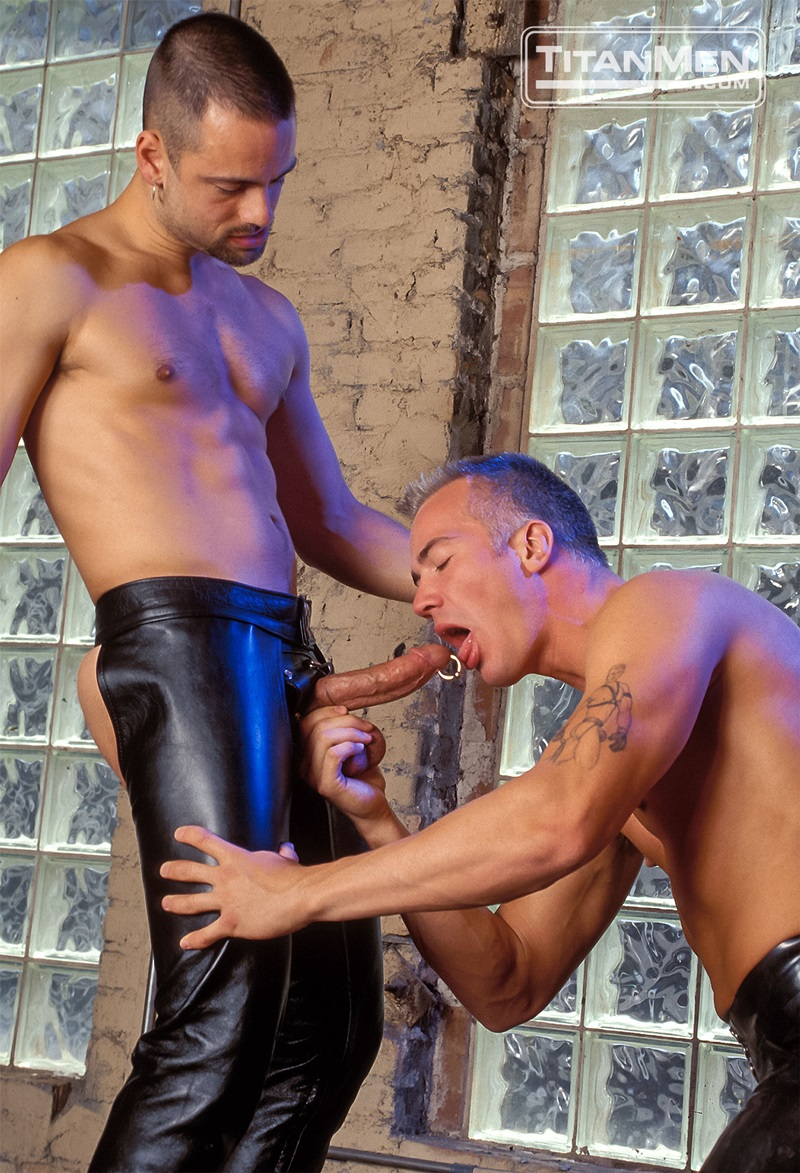 TitanMen-Austin-Masters-Bronn-Douglas-Damon-Page-Jackson-Reid-Jay-Black-Jim-Buck-Kyle-Brandon-Mike-Roberts-Ric-Hunter-Steve-Cannon-07-gay-porn-star-sex-video-gallery-photo
