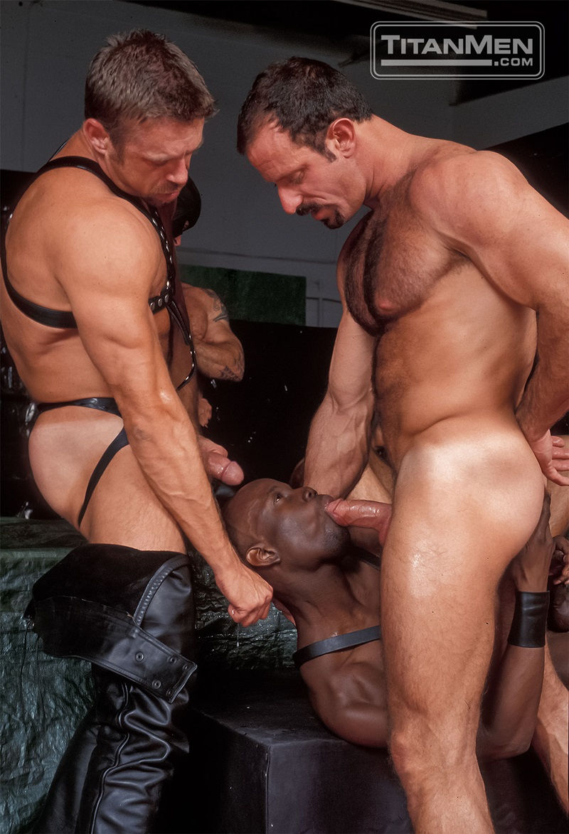 TitanMen-Austin-Masters-Bronn-Douglas-Damon-Page-Jackson-Reid-Jay-Black-Jim-Buck-Kyle-Brandon-Mike-Roberts-Ric-Hunter-Steve-Cannon-23-gay-porn-star-sex-video-gallery-photo