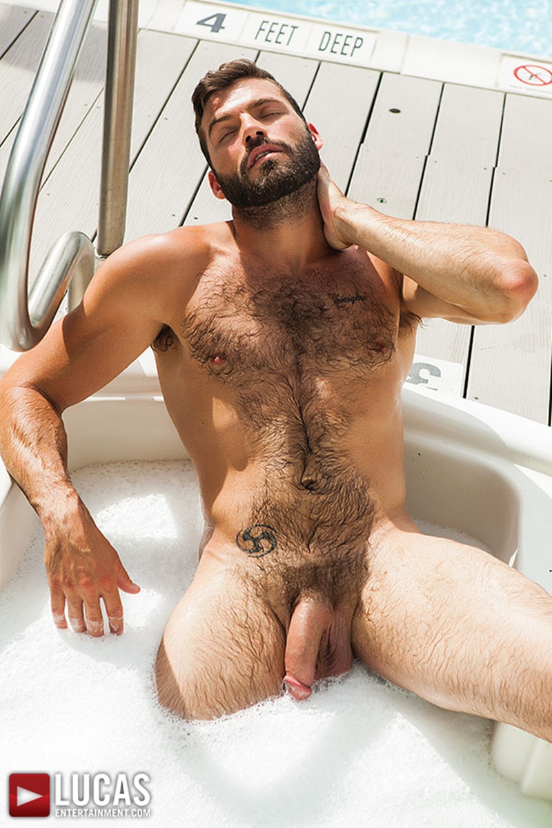 Hairy bodybuilder xavier naked commit